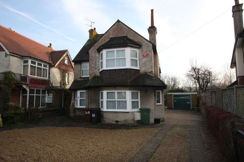 4 Bedrooms Detached House for sale in Rosebery Avenue, Eastbourne BN22