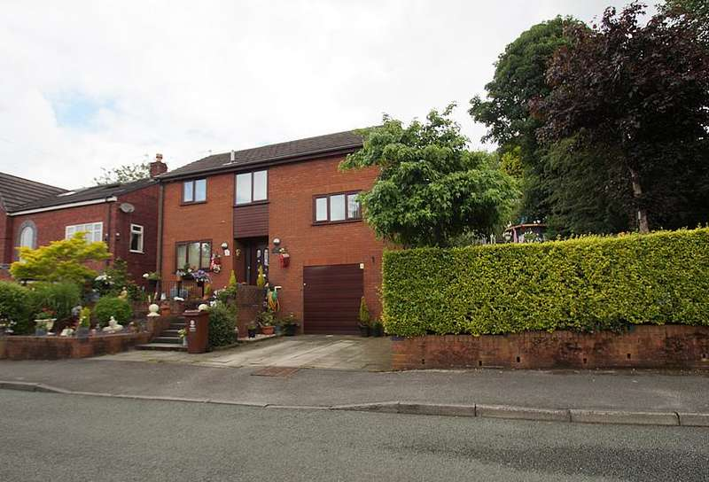4 Bedrooms Detached House for sale in Annisfield Avenue, Greenfield, Saddleworth, Oldham OL3