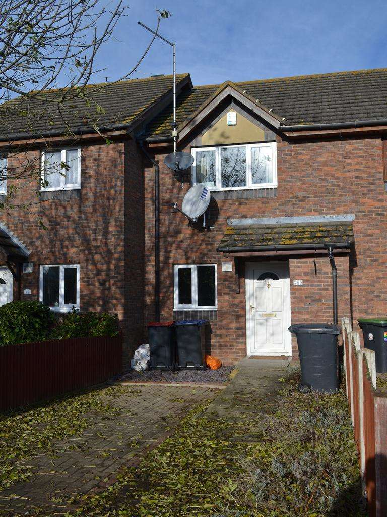 2 Bedrooms Terraced House for sale in The Avenue, Canterbury CT3