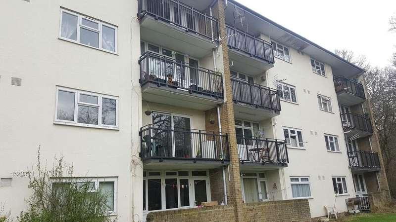 1 Bedroom Flat for sale in Ladyshot, Harlow, Essex CM20