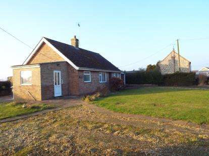 2 Bedrooms Bungalow for sale in Docking, King's Lynn, Norfolk