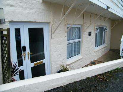 2 Bedrooms Flat for sale in West End, Marazion, Cornwall