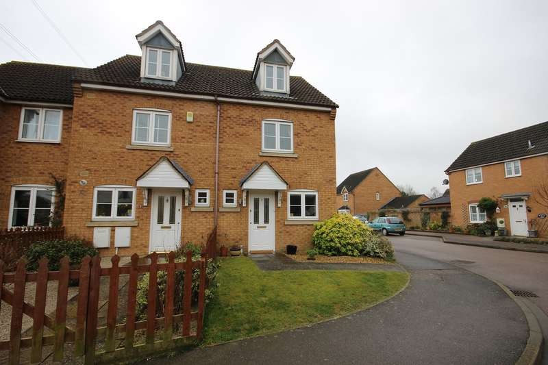 3 Bedrooms Town House for sale in Hockley Court, Marston Moretaine, Bedfordshire, MK43