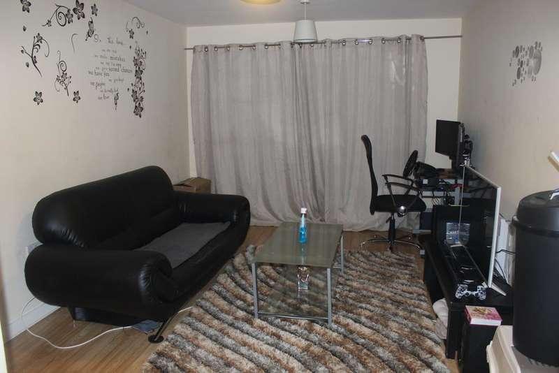 1 Bedroom Flat for sale in Longmarsh Lane, London SE28