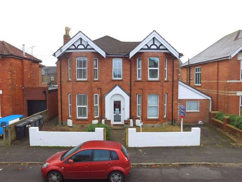 1 Bedroom Flat for sale in Belvedere Road, Charminster