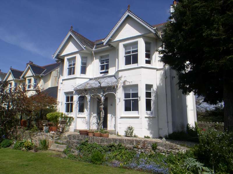 5 Bedrooms Detached House for sale in Exeter Road, Mortonhampstead TQ13
