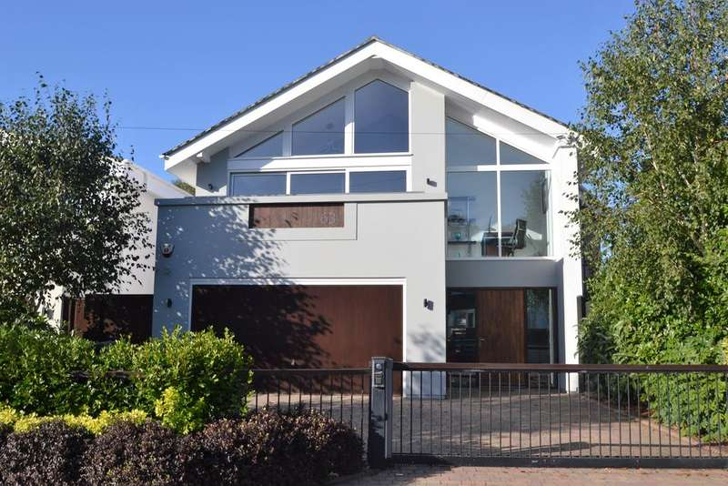 4 Bedrooms Detached House for sale in Chaddesley Glen, Canford Cliffs BH13
