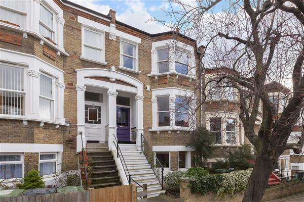 4 Bedrooms Terraced House for sale in Tressillian Road, Brockley