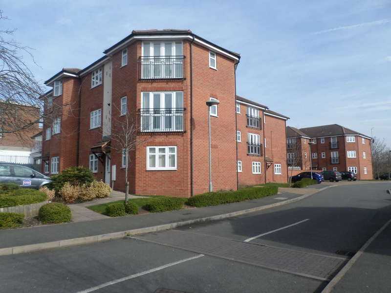 2 Bedrooms Flat for sale in Haunch Close, Kings Heath
