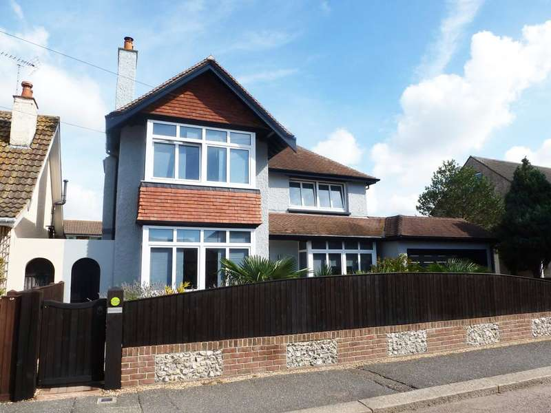 4 Bedrooms Detached House for sale in Nelson Road, Aldwick, West Sussex, Bognor Regis PO21