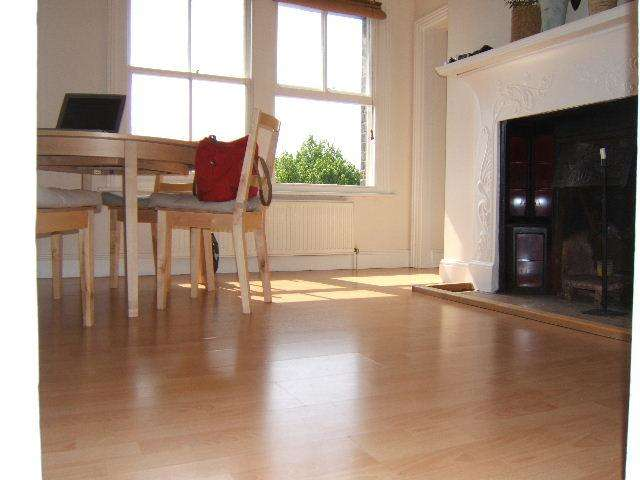 3 Bedrooms Flat for sale in Alexandra Park Road N10