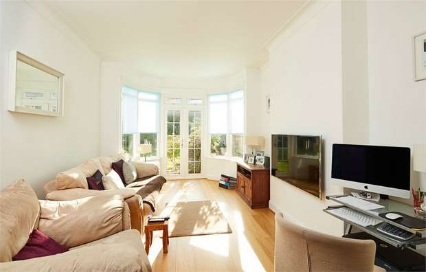 4 Bedrooms Semi Detached House for sale in Egerton Gardens, Kensal Rise, London