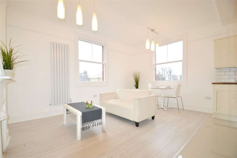 2 Bedrooms Apartment Flat for sale in Lower Addiscombe Road, East Croydon