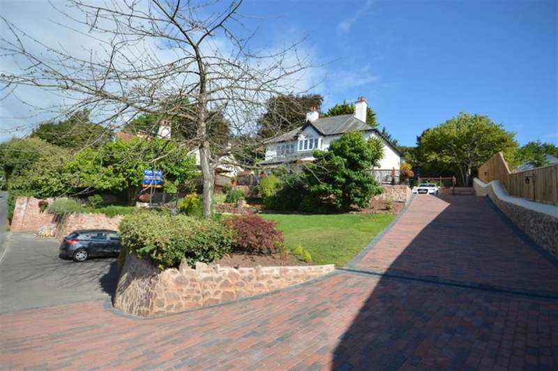 5 Bedrooms Detached House for sale in The Parks, Minehead TA24