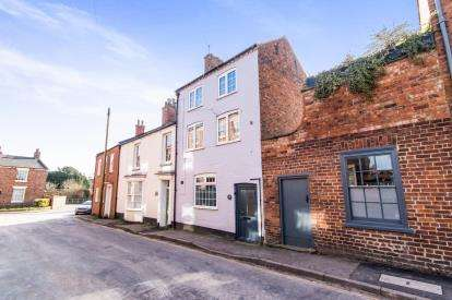 1 Bedroom Terraced House for sale in Banks Street, Horncastle, Bank Street, Horncastle