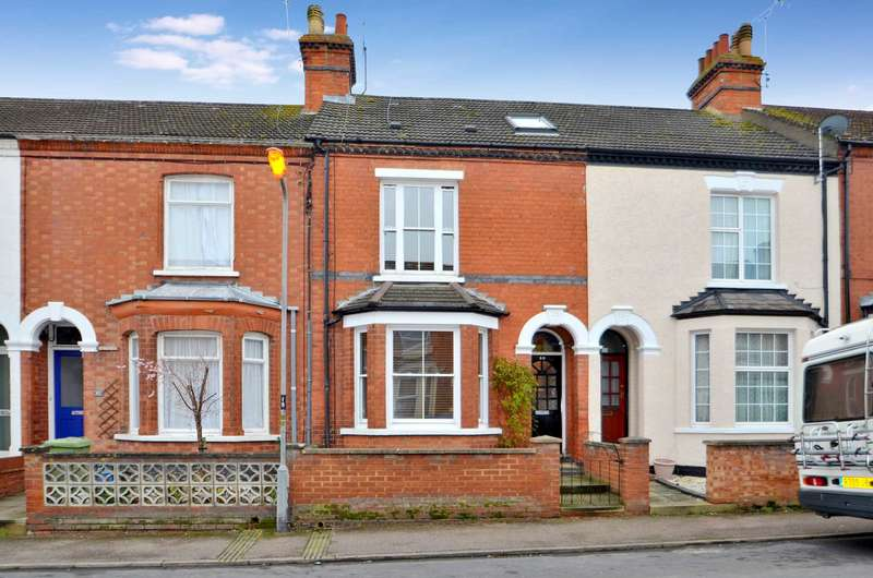 4 Bedrooms Terraced House for sale in Windsor Street, Wolverton