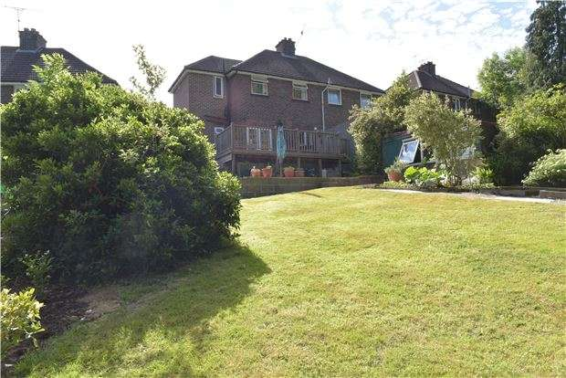 3 Bedrooms Semi Detached House for sale in Grange Road, Rusthall, TN4 8PU