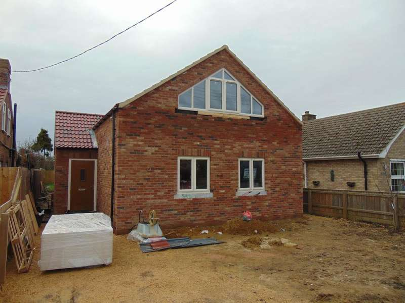 4 Bedrooms Detached House for sale in Gorefield Road, Leverington, Wisbech, Cambs, PE13 5AT
