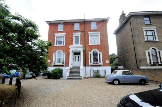 1 Bedroom Flat for sale in Lee High Road, Lewisham SE13