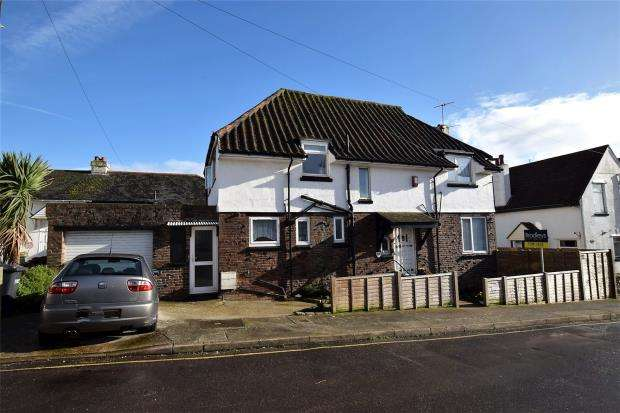 4 Bedrooms Detached House for sale in Orient Road, Paignton, Devon