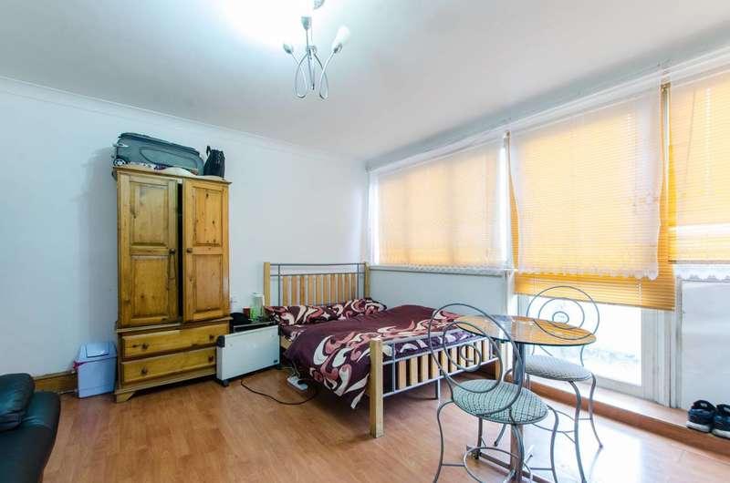 2 Bedrooms Flat for sale in Smithy Street, Stepney, E1