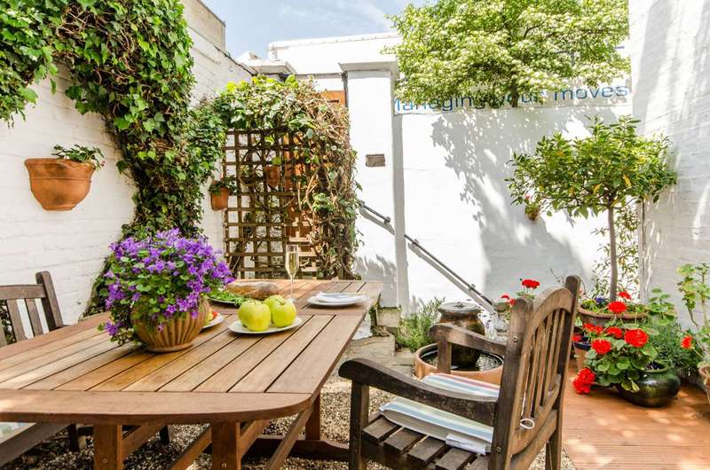 2 Bedrooms Maisonette Flat for sale in Cathcart Road, Chelsea, SW10