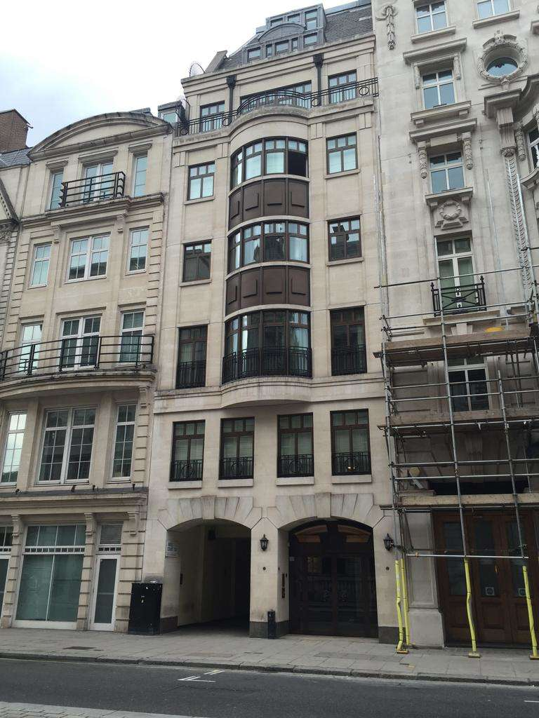 2 Bedrooms Apartment Flat for sale in Pall Mall, London SW1Y