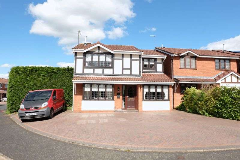 4 Bedrooms Detached House for sale in Golden Hind Drive, Stourport-On-Severn DY13 9RJ