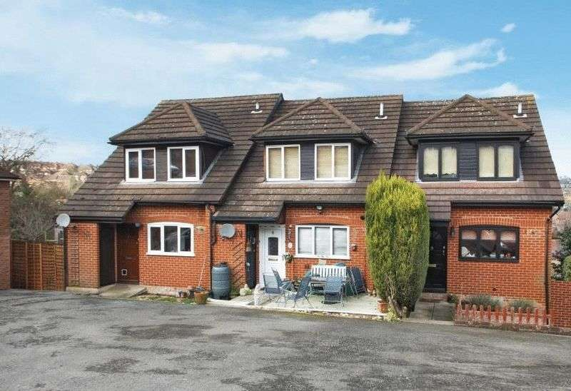 1 Bedroom Flat for sale in Carrington Road, High Wycombe