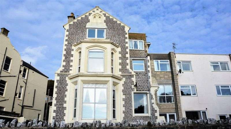 3 Bedrooms Flat for sale in South Road, Weston-Super-Mare