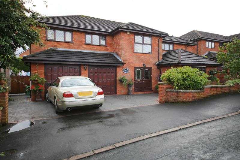 5 Bedrooms Detached House for sale in Longshaw Common, Billinge, Wigan