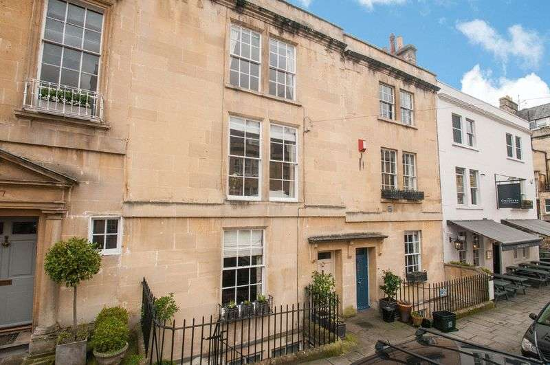 5 Bedrooms Terraced House for sale in 48 Rivers Street, Bath, BA1