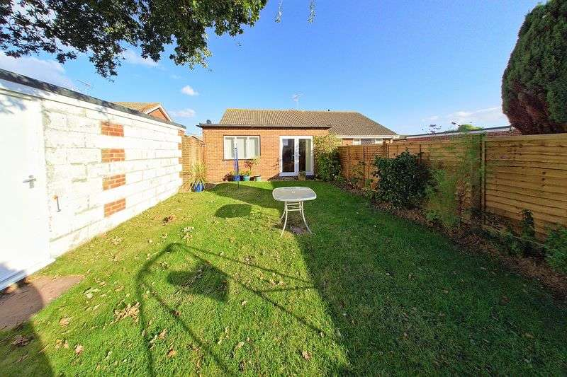 2 Bedrooms Semi Detached Bungalow for sale in Dukes Meadow, Bognor Regis PO21