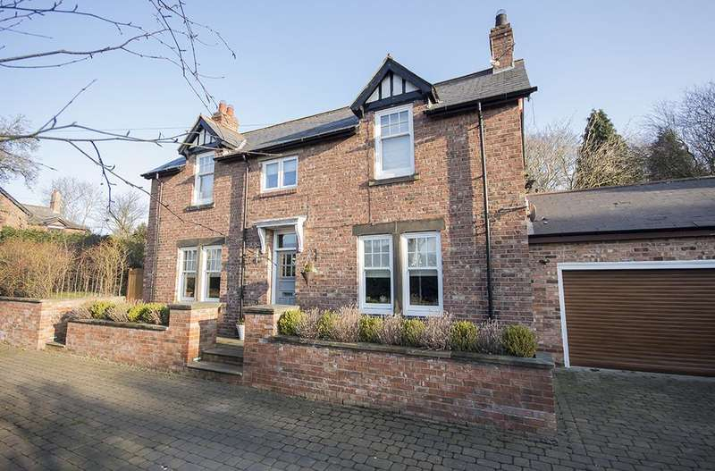4 Bedrooms Detached House for sale in The Willows, Strathmore Road, Rowlands Gill, Newcastle upon Tyne NE39
