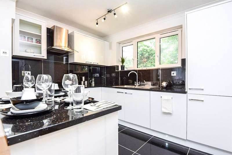 1 Bedroom Apartment Flat for sale in Nutwell Street, London SW17