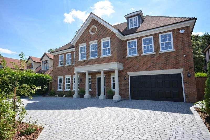 6 Bedrooms Detached House for sale in Ernest Road, Emerson Park, Hornchurch, Essex RM11