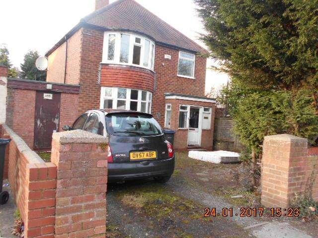 3 Bedrooms Detached House for sale in Foxhollies Road, Acocks Green, Birmingham B27 7QA