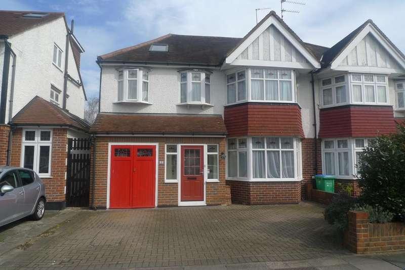 5 Bedrooms Semi Detached House for sale in Jubilee Avenue, twickenham TW2