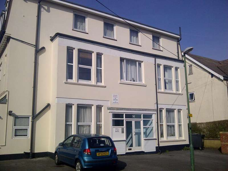 2 Bedrooms Apartment Flat for sale in Westby Road, Bournemouth BH5
