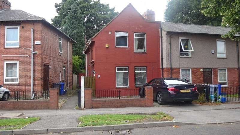 3 Bedrooms Semi Detached House for sale in Horninglow Road, Sheffield S5
