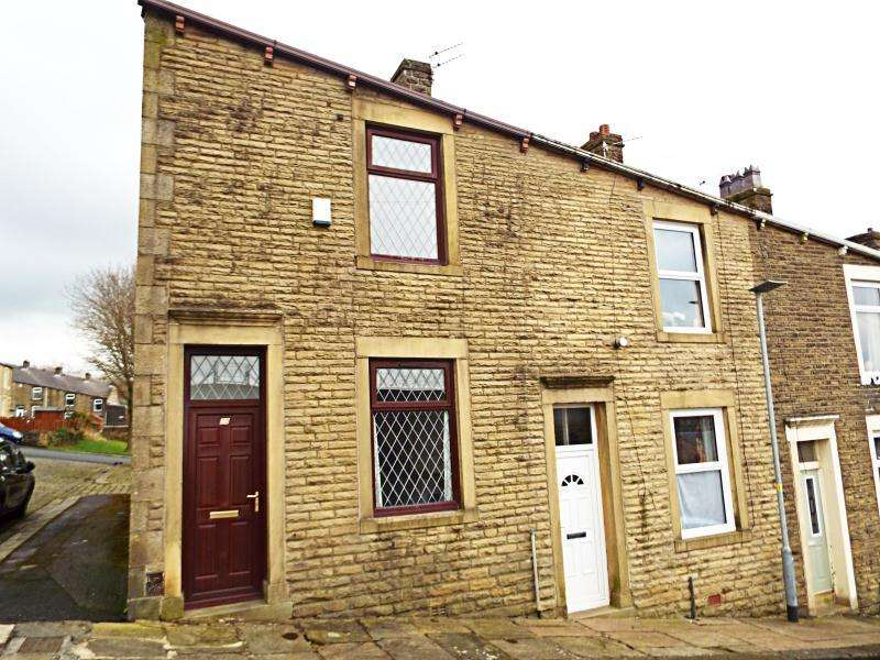 2 Bedrooms Terraced House for rent in Hargreaves Street, Colne, BB8 9PB