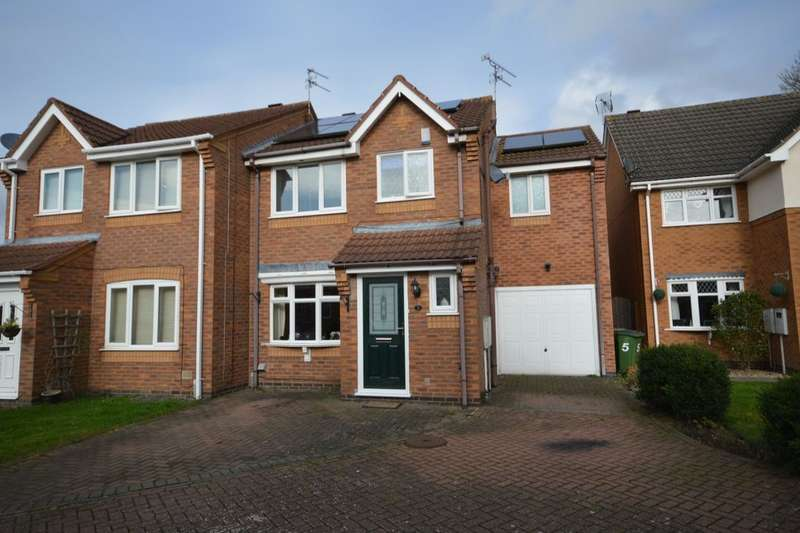 3 Bedrooms Semi Detached House for sale in Flamingo Drive, Whetstone, Leicester, LE8