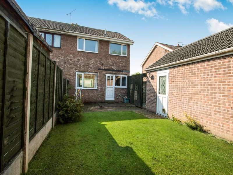 3 Bedrooms Semi Detached House for sale in Loxley Road, Barnsley, S71