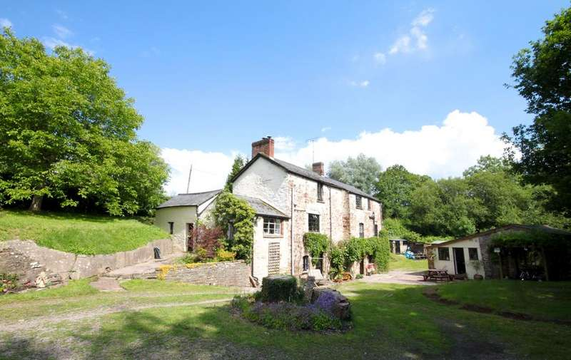 4 Bedrooms Detached House for sale in Llangwm, Usk NP15