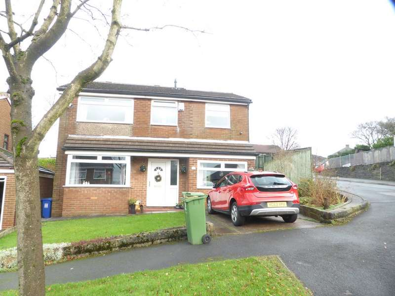 4 Bedrooms Detached House for sale in Woodville Road, Staylebridge Sk15