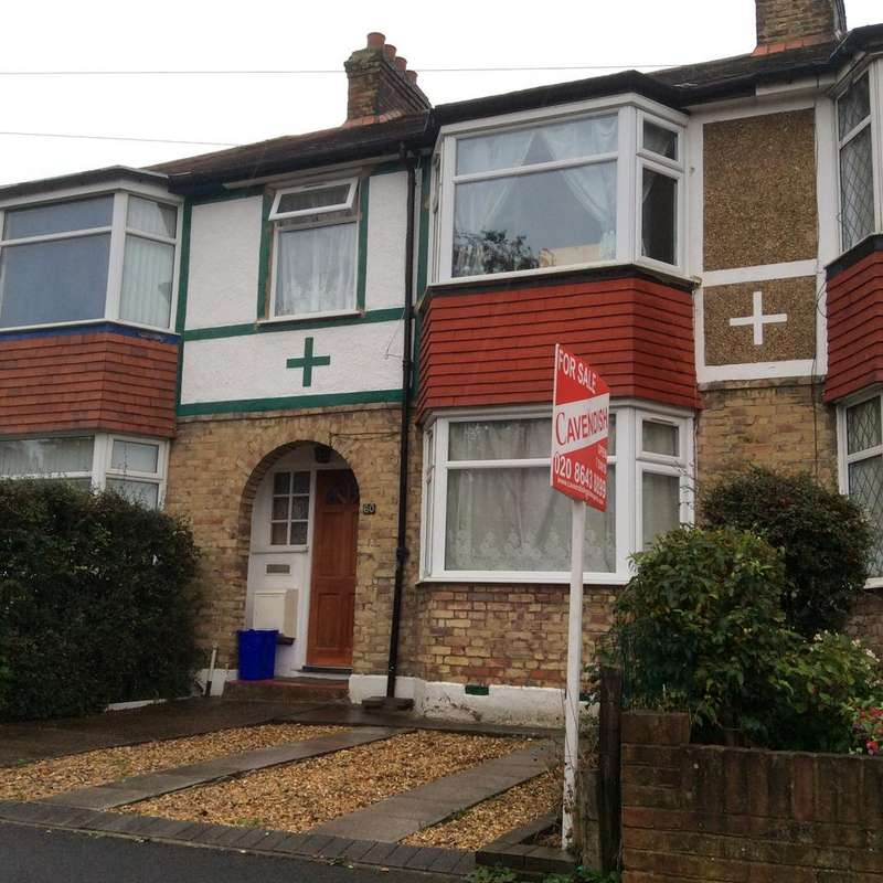 3 Bedrooms Terraced House for sale in Kingsdown Road, Cheam SM3