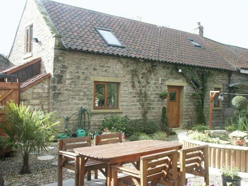 5 Bedrooms Cottage House for sale in Lockton