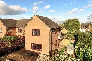 2 Bedrooms Semi Detached House for sale in Back Lane, Chapel Brampton, Northampton, Northamptonshire, NN6 8AJ