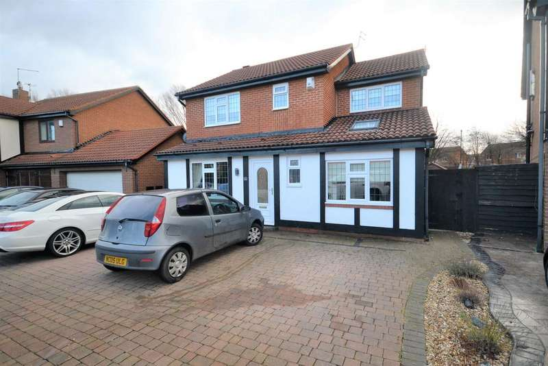 5 Bedrooms Detached House for sale in Seaford Close, Redcar TS10