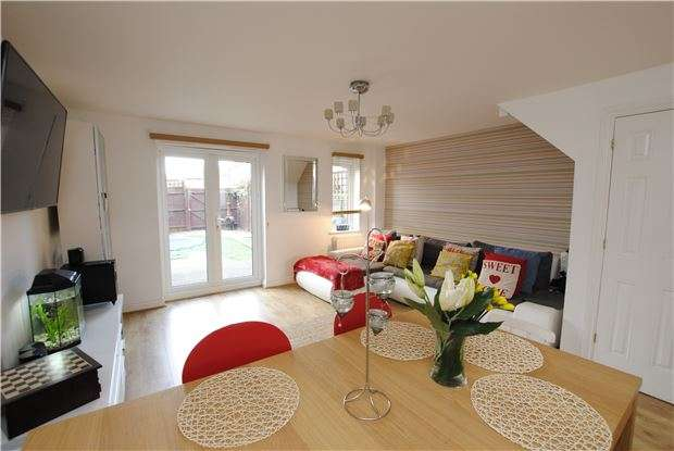 4 Bedrooms Terraced House for sale in Bristol South End, Bedminster, Bristol, BS3 5BH